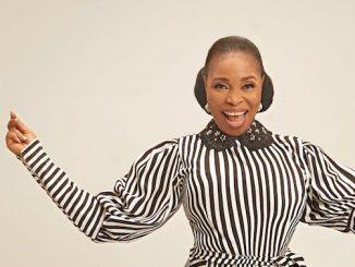 Tope Alabi - I Am Very Happy Lyrics
