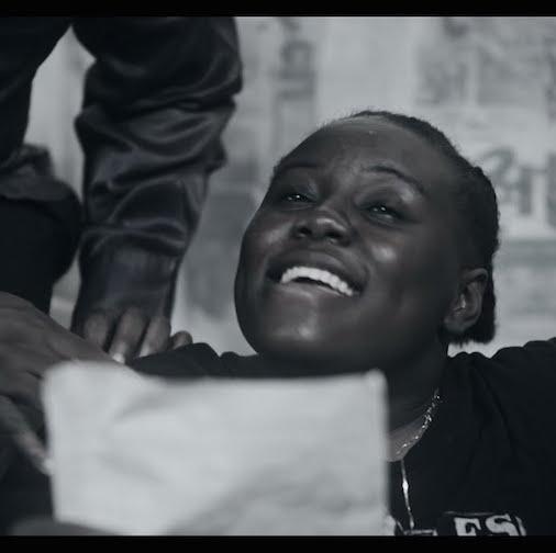 Video: Teni - Hustle