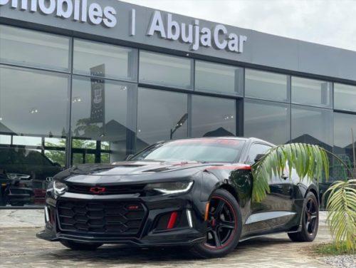Zinoleesky acquires new 2019 Chevrolet Camaro ZL1 car
